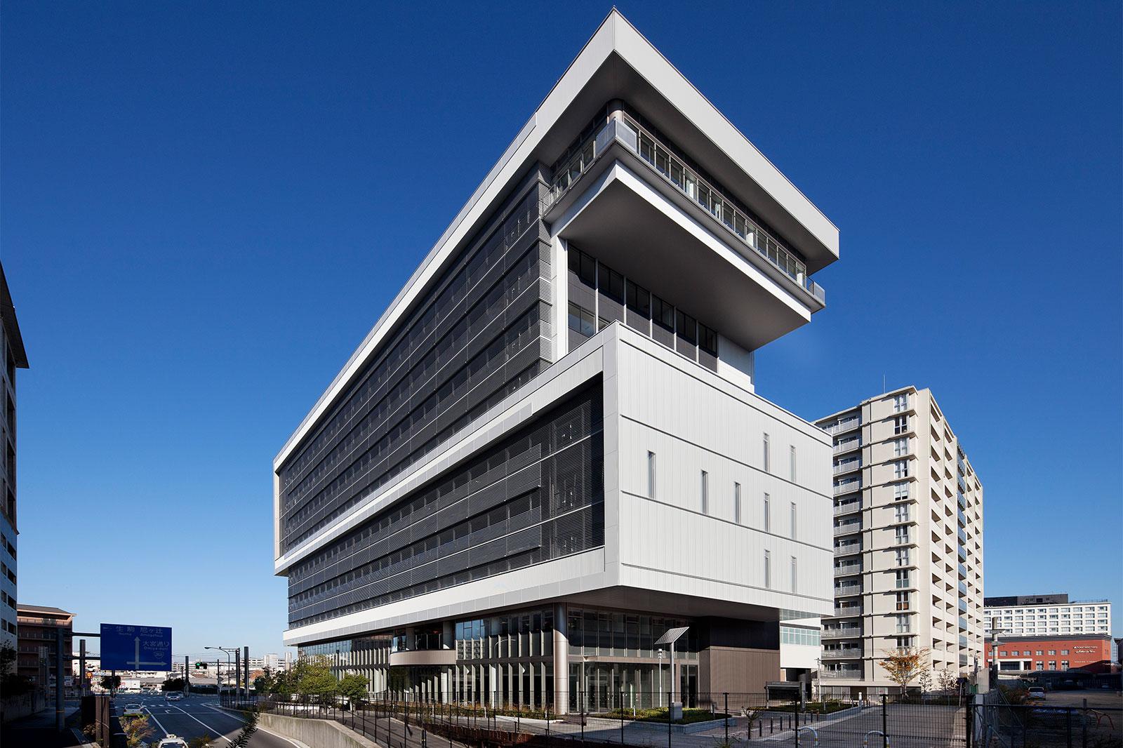 奈良市保健所・教育総合センター 「はぐくみセンター」
