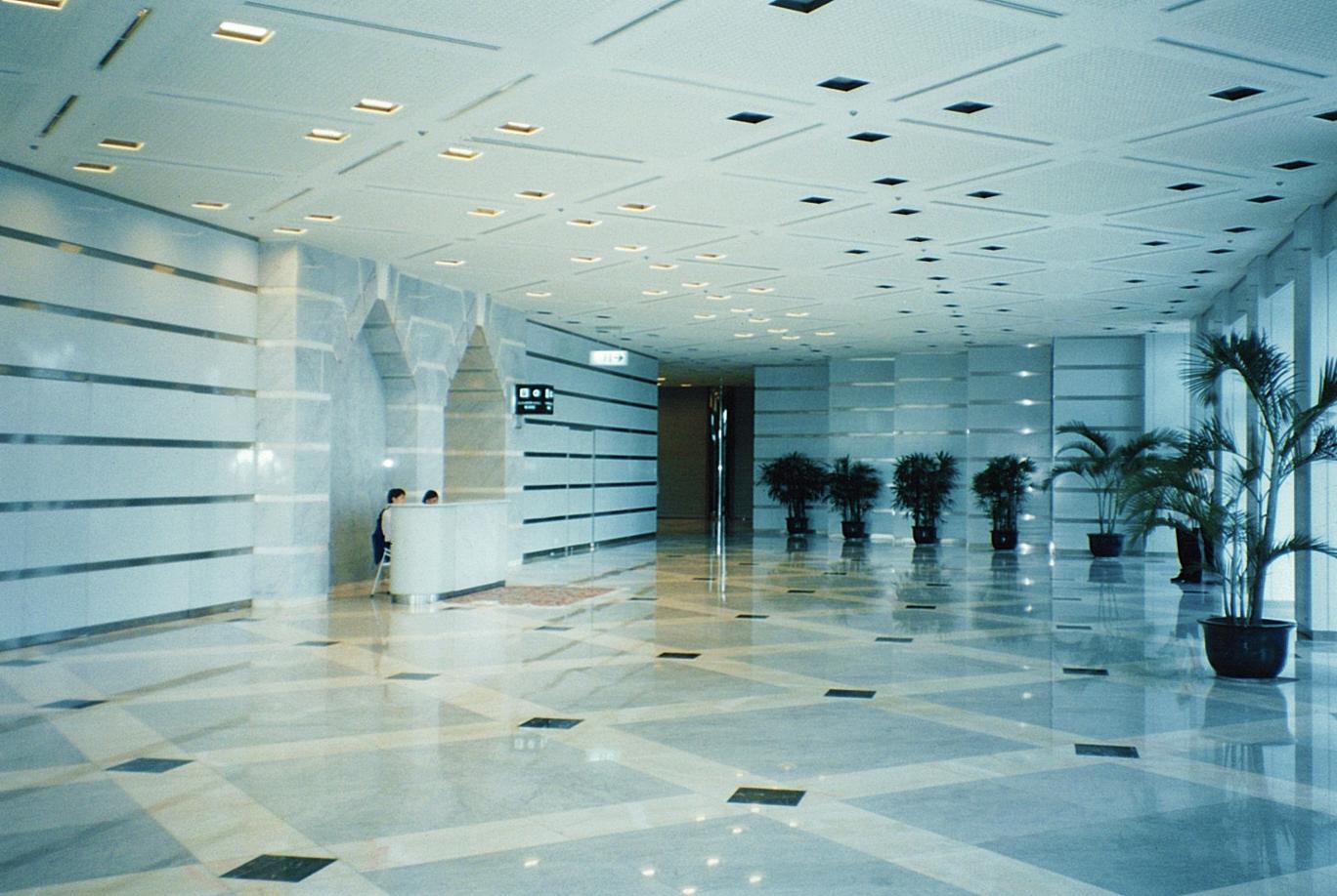 上海国際貿易センター