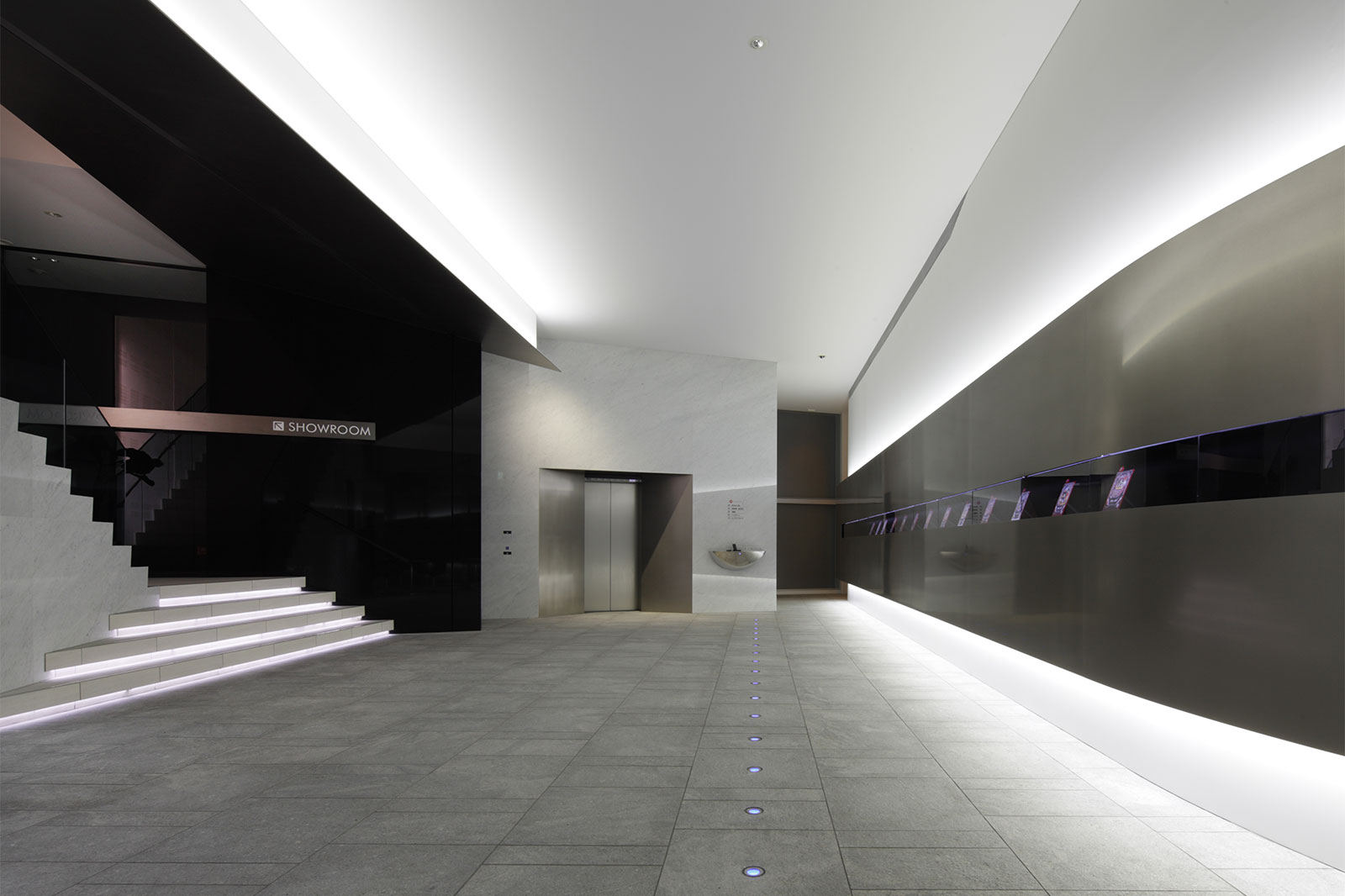 京楽産業九州ビル