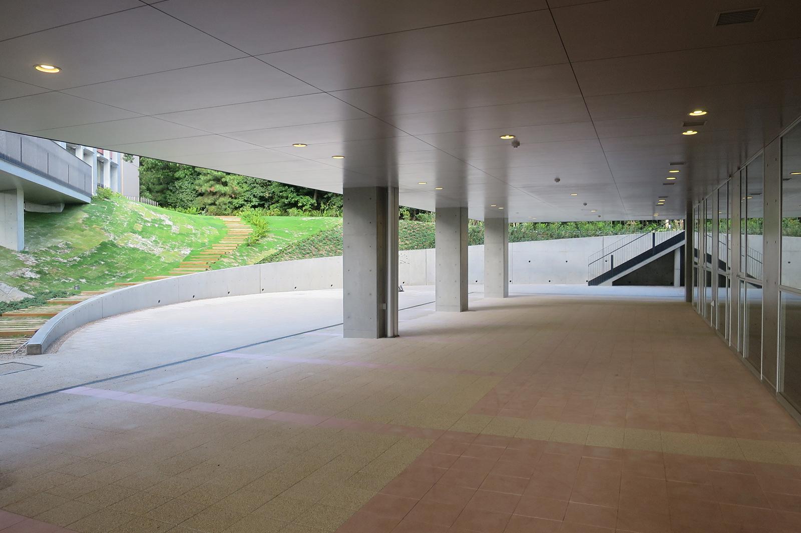 南山大学 名古屋キャンパス 食堂棟リアン