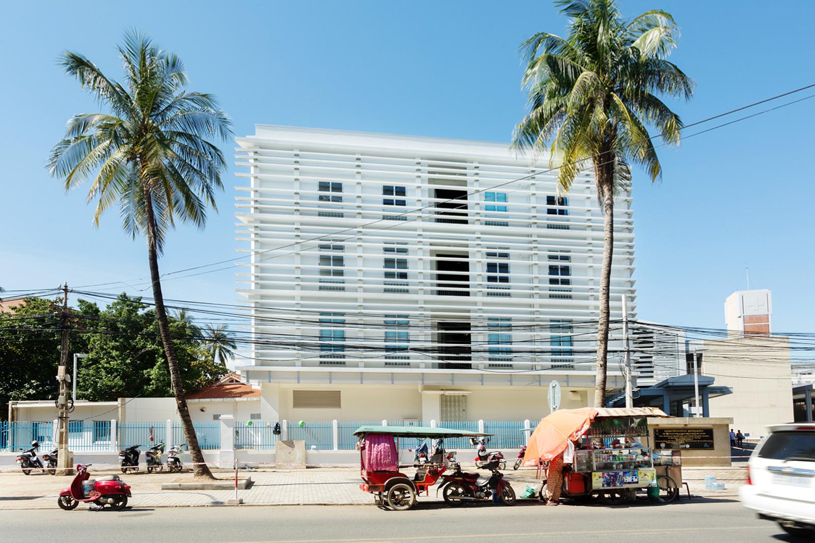 カンボジア王国 国立母子保健センター 研修棟