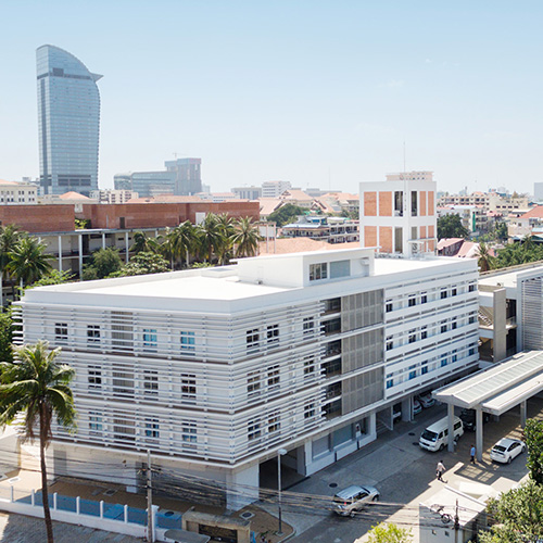 カンボジア国立母子保健センター研修棟