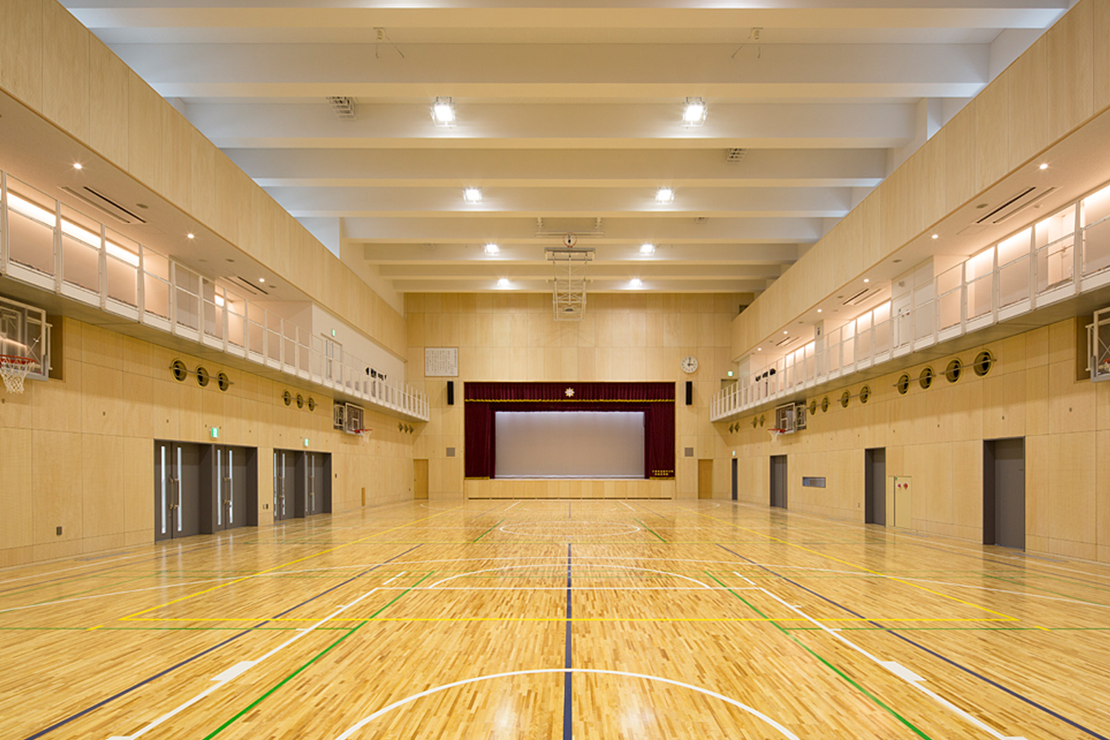 駒場学園高等学校新体育館 新世紀会館